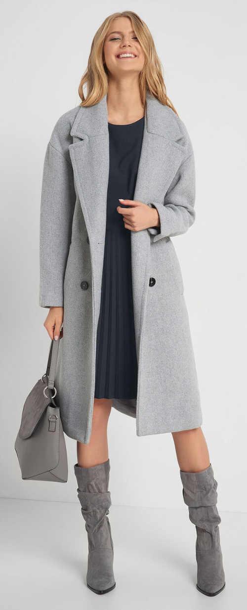 Elegantní plisované šaty pod kabát