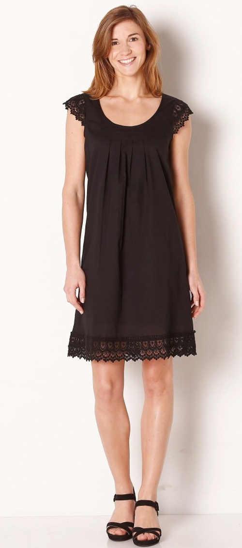 Jednobarevné černé letní krajkové šaty