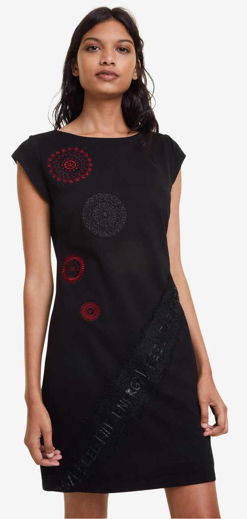 Krátké černé šaty Desigual výprodej