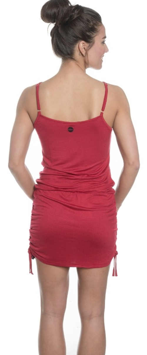 Červené sportovní letní šaty na tenká ramínka