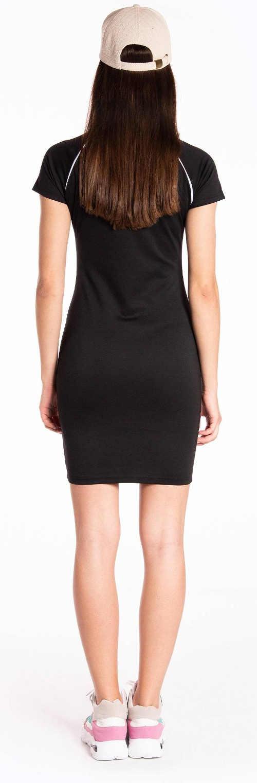 Krátké černé sportovní šaty pro mladé