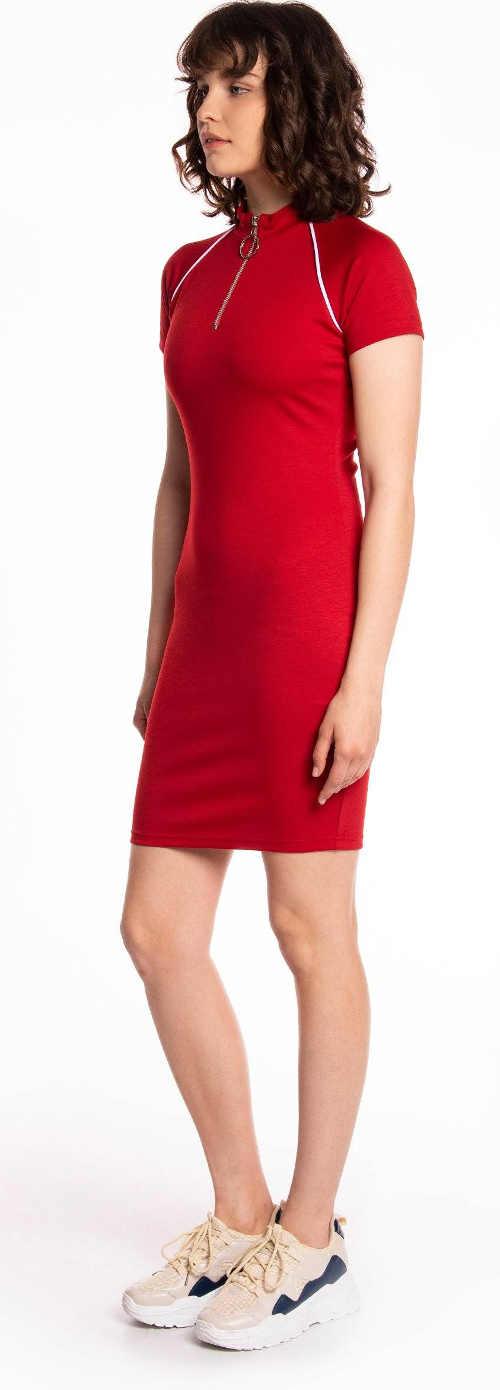 Volnočasové červené letní šaty se zipem