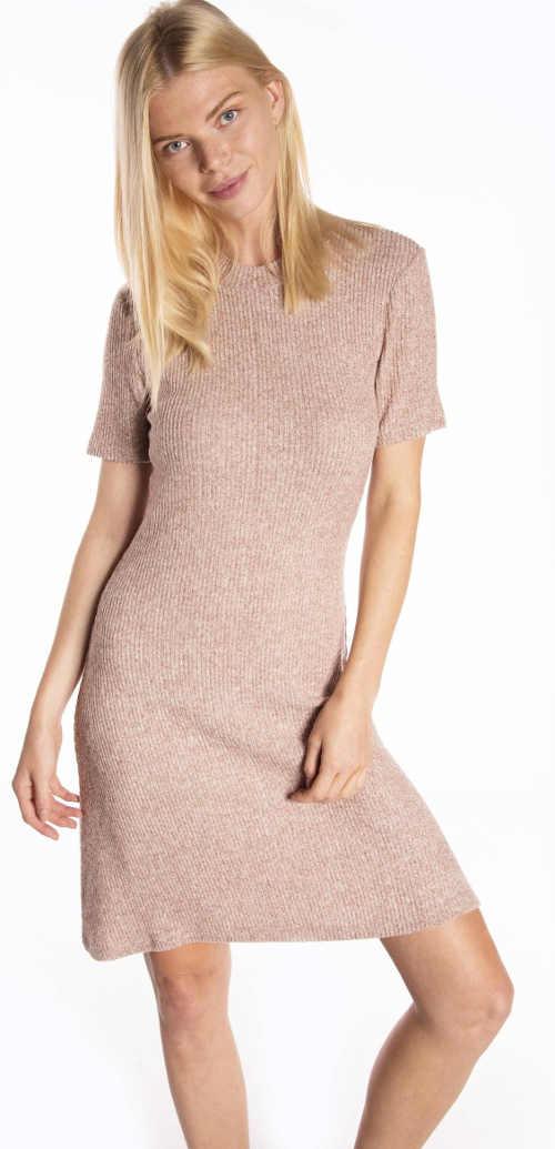 Béžové pletené šaty s krátkým rukávem