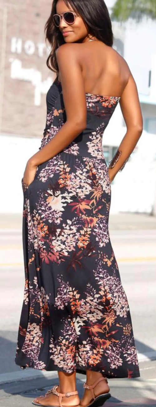 Letní květované bezramínkové šaty s kapsami