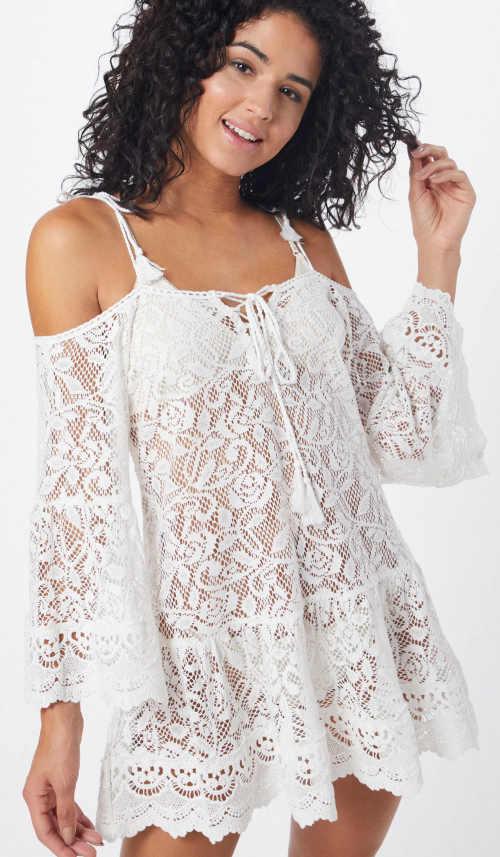 Průsvitné bílé celokrajkové šaty přes plavky