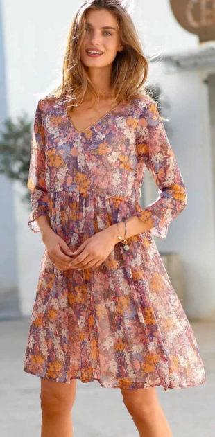 Vzdušné letní květinové šaty s rozšířenou sukni