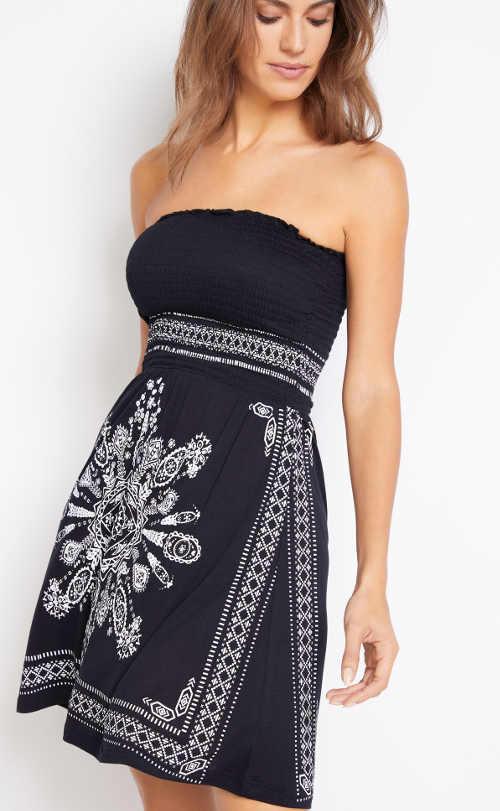 Bandážové vzorové černo-bílé šaty