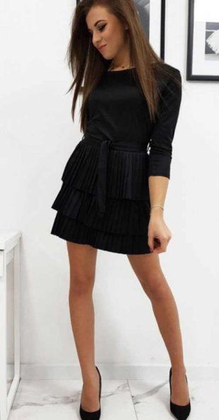 Dámské šaty s plisovanou sukní nejen do společnosti