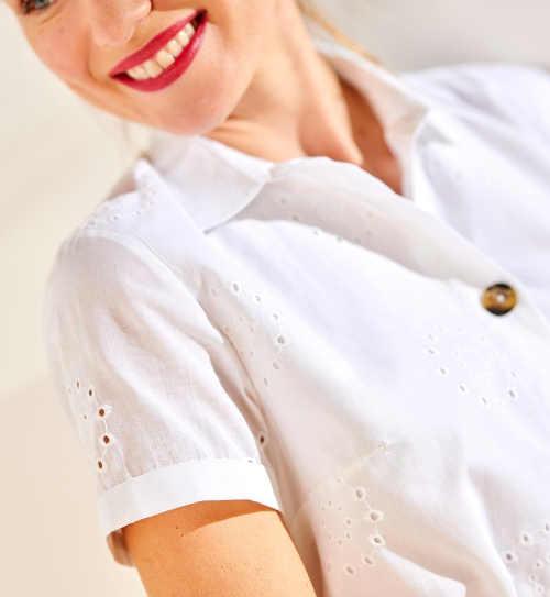 Košilové šaty s anglickou výšivkou
