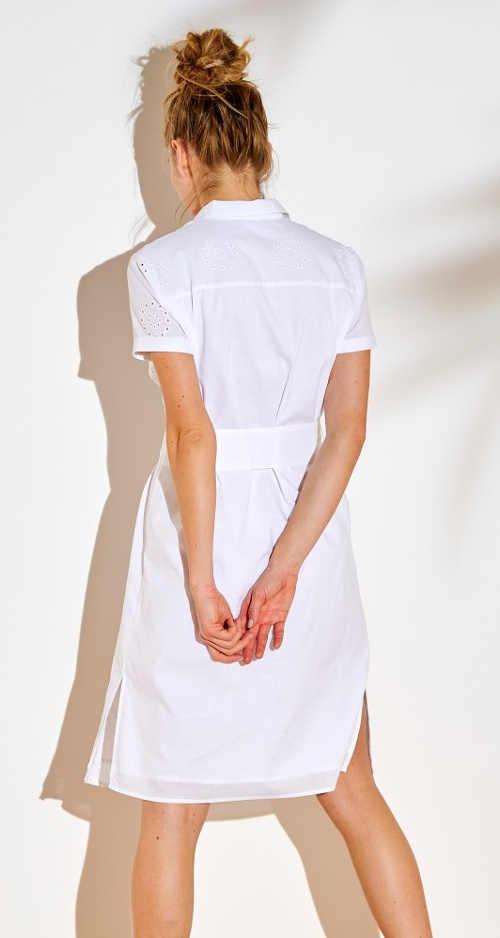 Šaty košilového střihu s interesantním výšivkou