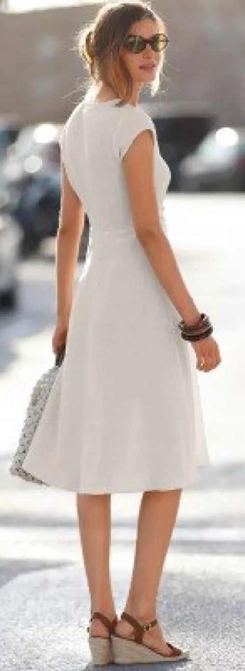 Pískové letní šaty v XXL velikostech