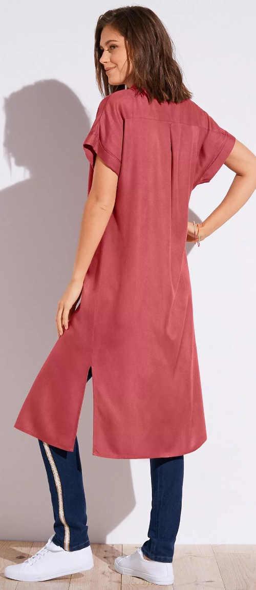 Dlouhá červená dámská košile s krátkým rukávem