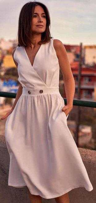 Bílé letní dámské midi šaty bez rukávů