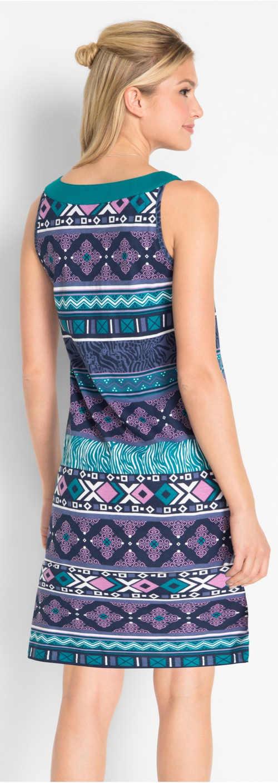 Fialovo-modré vzorované dámské šaty na léto