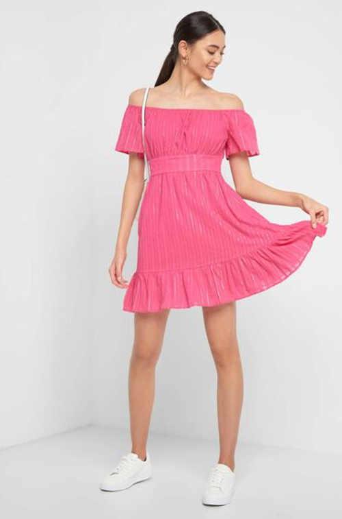 Dámské šaty na léto s odhalenými rameny a volánkem