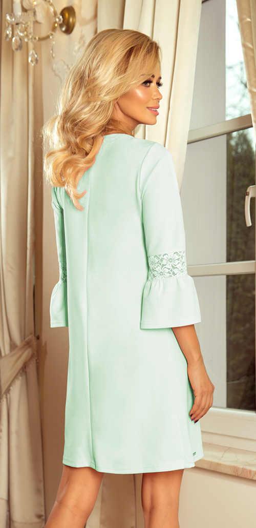 Krásné elegantní dámské šaty