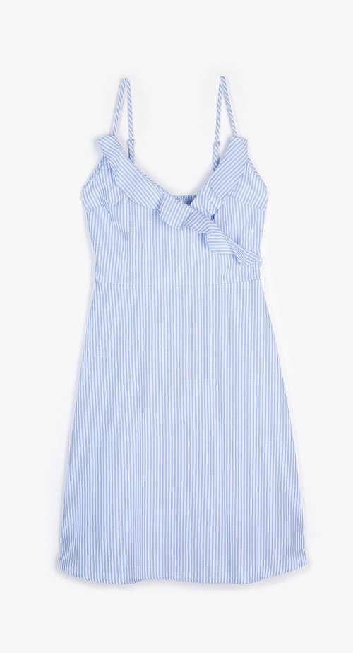 Krátké letní šaty v modro-bílé kombinaci