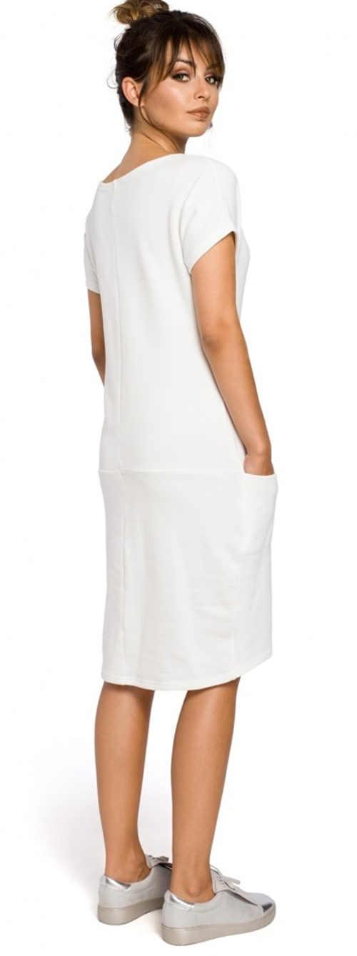 Moderní jednobarevné šaty s krátkým rukávem