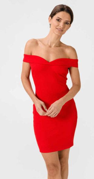 Sexy dámské značkové šaty Guess v působivé červené