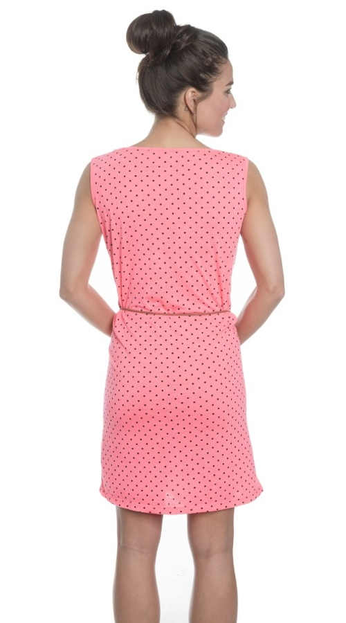 pohodlné letní šaty v délce nad kolena
