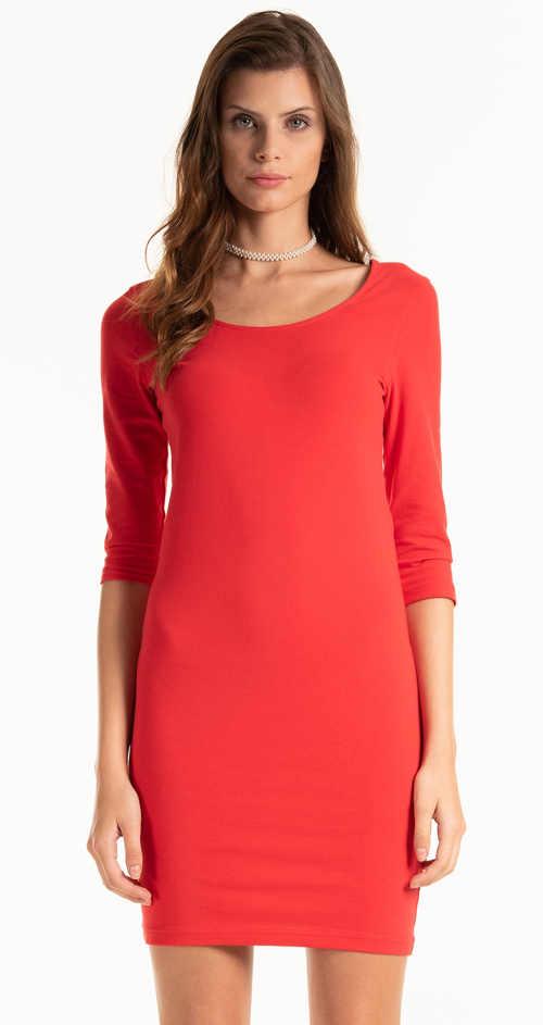 Jednobarevné popnuté šaty se 3/4 rukávem a délkou nad kolena