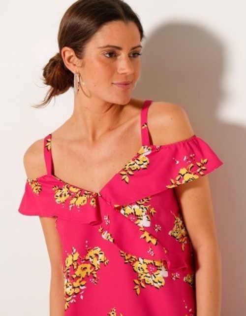 moderní šaty na léto ze vzdušné lehké látky