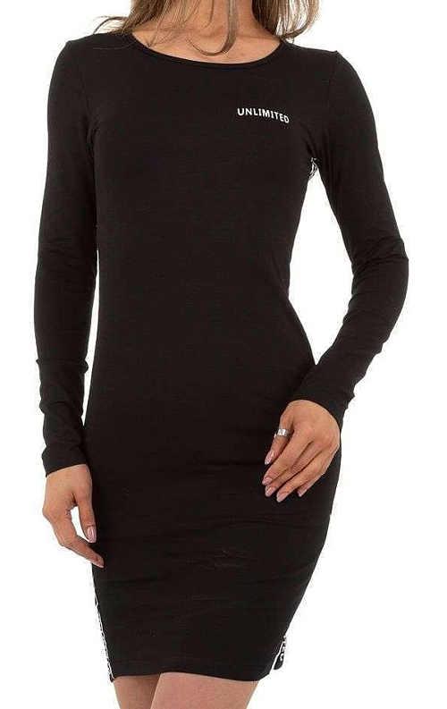 moderní šaty v jednoduchém provedení