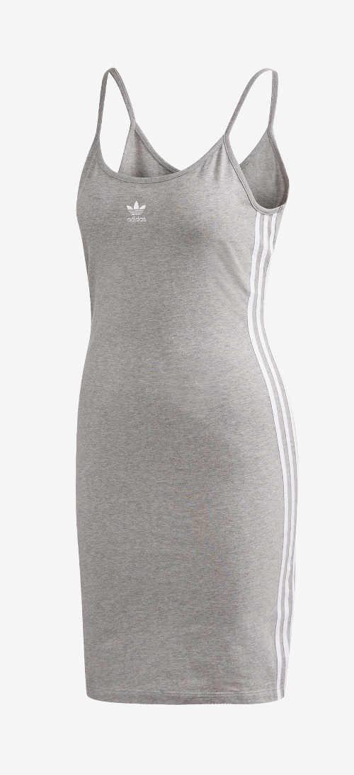 sportovně-ležérní střih šatů na léto