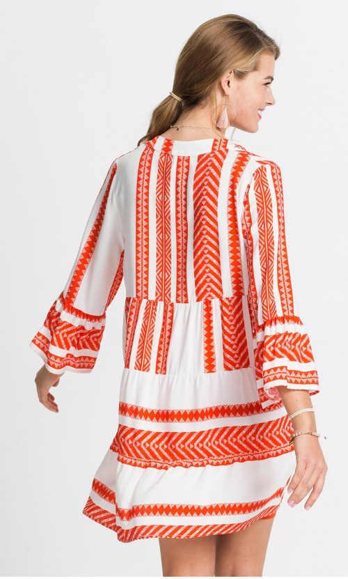 vzdušné moderní šaty na léto