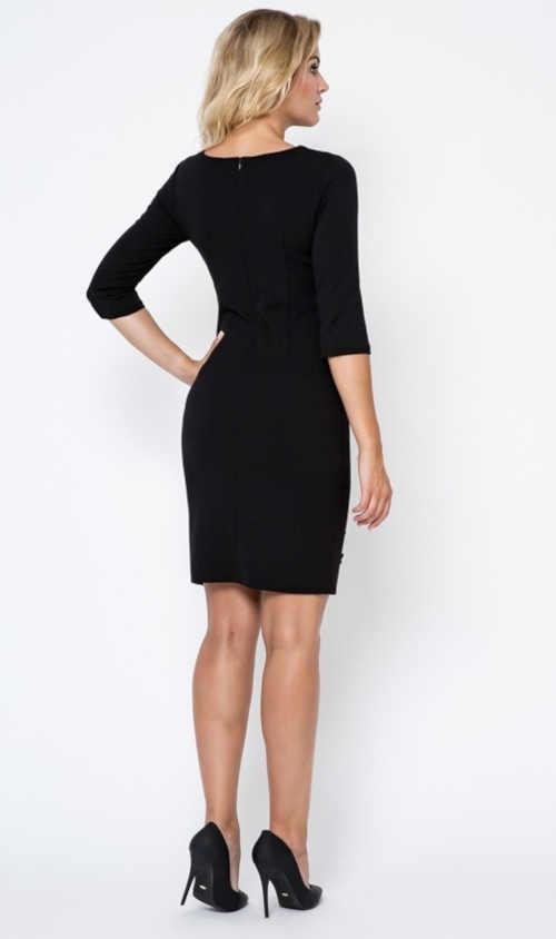 dámské černé šaty v projmutém střihu s výšivkou