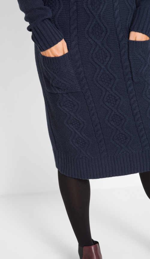 stylové modré pletené šaty s kapsami