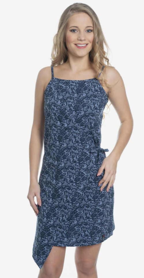 Moderní letní šaty na ramínka v asymetrickém střihu