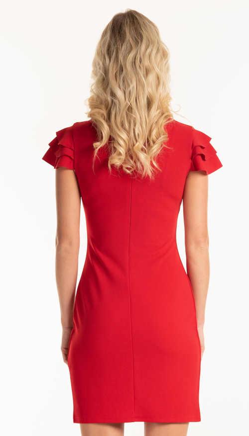 červené pouzdrové šaty nad kolena