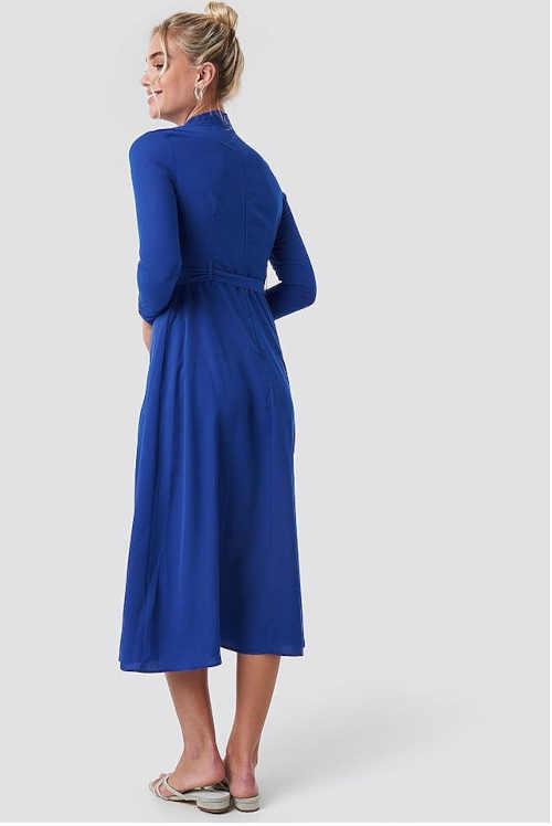 dámské moderní šaty modré s páskem