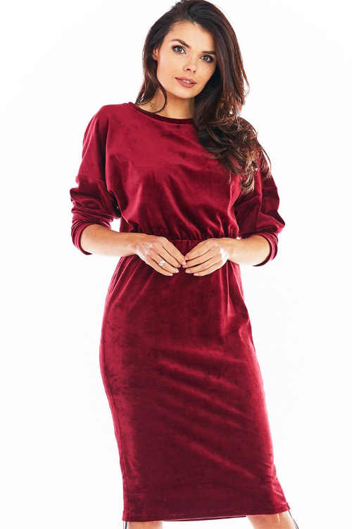 Moderní dámské šaty s možností regulace délky po stranách