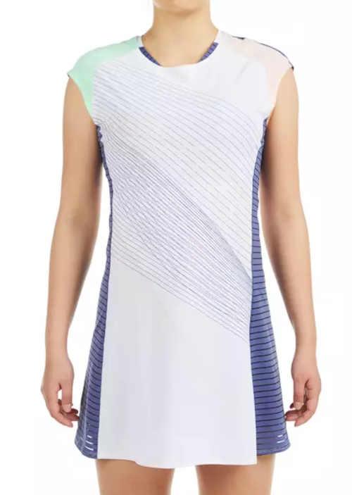 sportovní krátké šaty se spodním prádlem