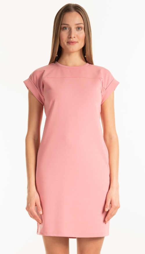 Šaty v pastelové růžové v krátké délce s kulatým výstřihem u krku