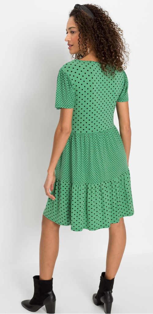 zeleno-černé puntíkaté šaty