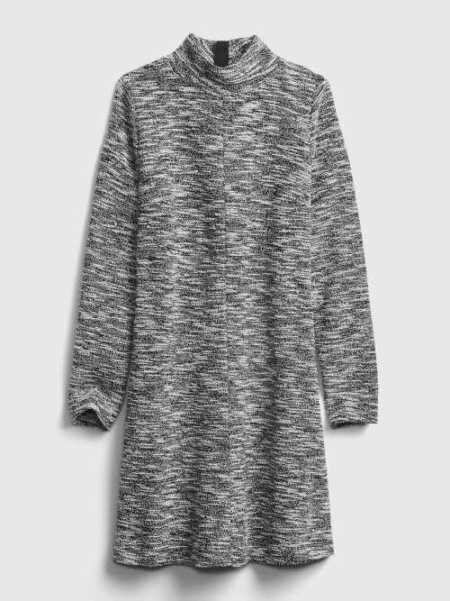 Stylové šaty s dlouhým rukávem