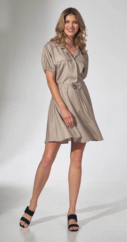 béžové šaty v krátké délce