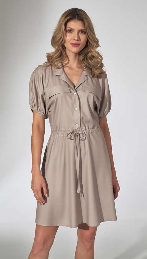 elegantní moderní šaty s krátkým rukávem