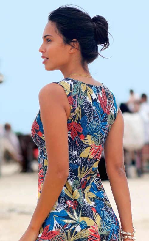 moderní dlouhé dámské letní šaty