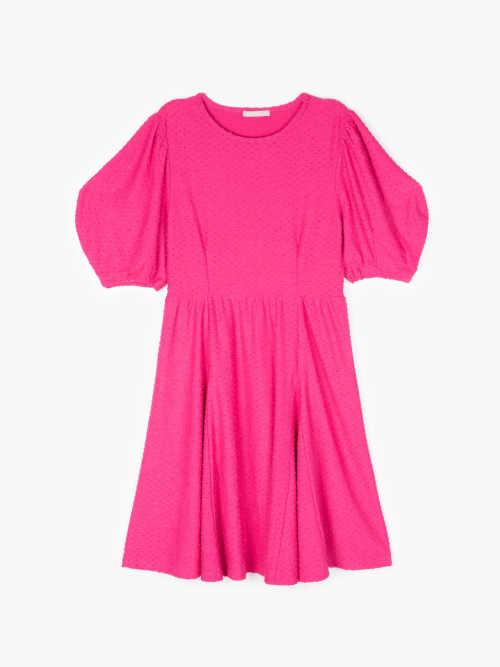 nabírané šaty áčkového střihu