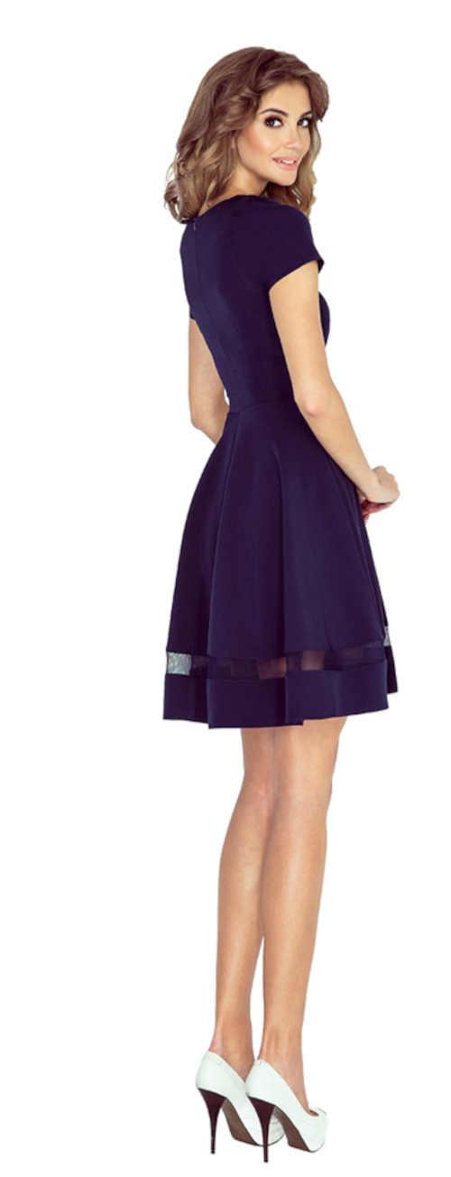 romantické šaty ke kolenům