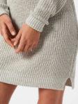 Šedé pletené dámské šaty s dlouhými rukávy