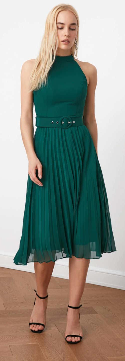 Zelené společenské šaty se skládanou sukní