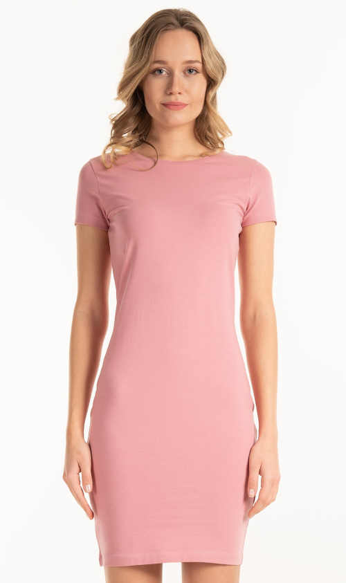 Moderní jednoduché dámské trikové šaty s krátkým rukávem