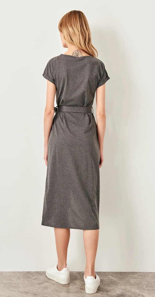 šaty s krátkým rukávem a zavazováním v pase