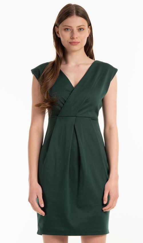 Šaty v moderní zelené barvě bez rukávů a efektivním přestřižením