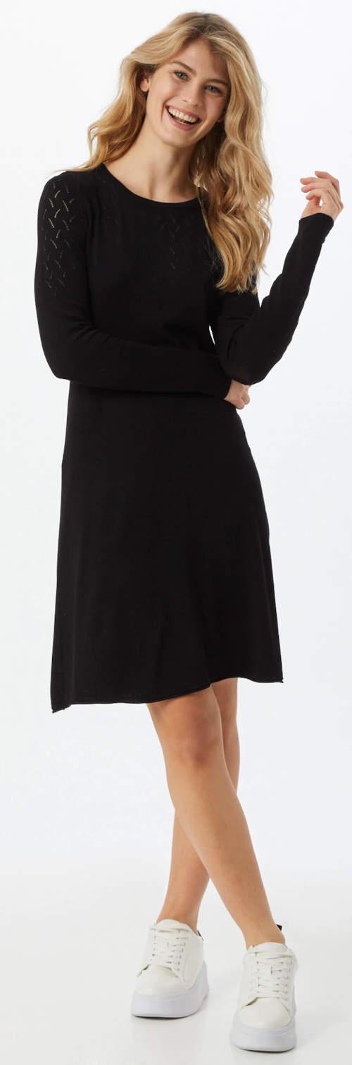 Černé úpletové dámské šaty výprodej
